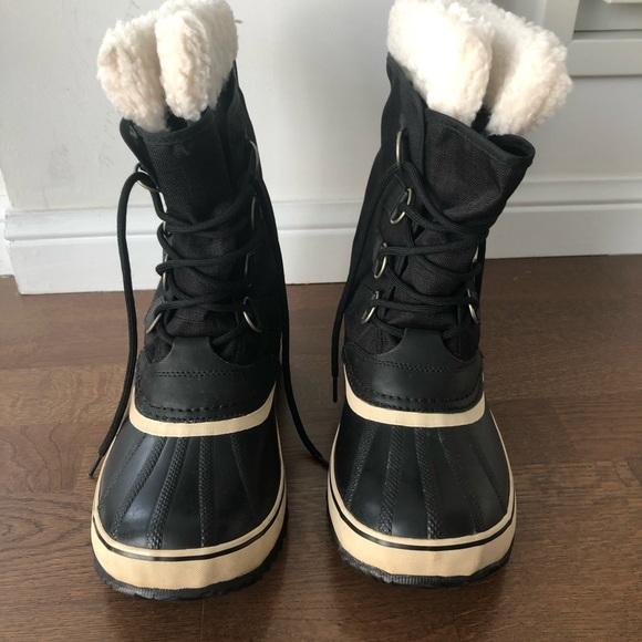Sorel Women's Carnival Boot.  Size 10